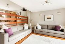 4 bed Detached house for sale in Cumberlands, Kenley