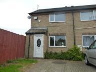 2 bedroom house to rent in Pennine Way, Bransholme...