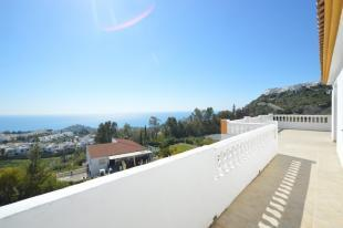 Terrace & views1