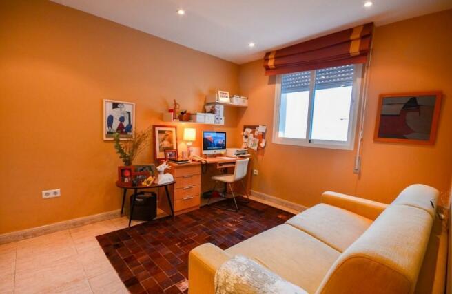 4th bedroom / office
