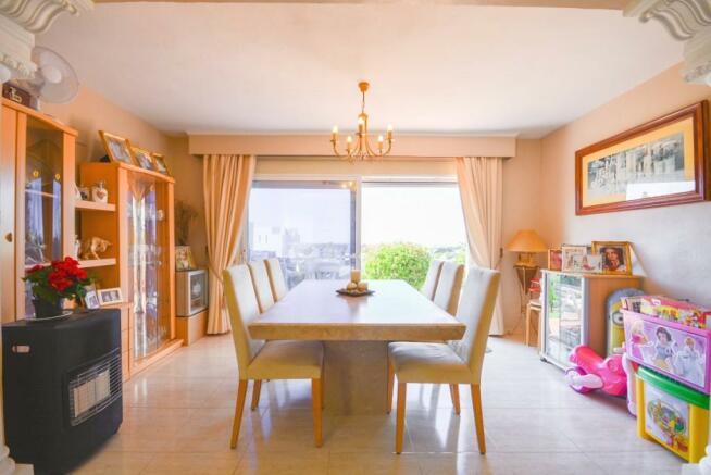 livingroom / dining