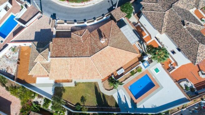 4. Villa