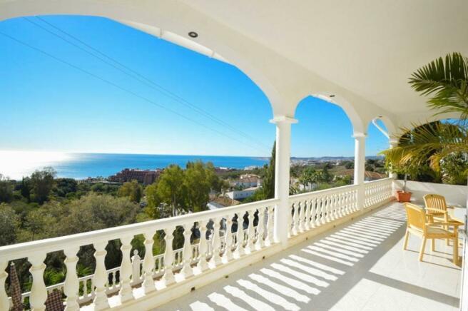 Porch & views