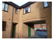 2 bed Town House in Tividale Street, Tipton