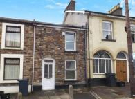 Terraced home to rent in High Street, Abersychan