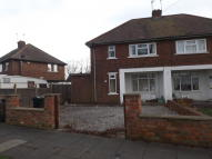 2 bedroom semi detached house in Henley Road, Doncaster