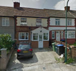 3 bed Terraced property to rent in Crabtree Avenue, Wembley