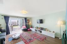 2 bedroom house in Copenhagen Gardens...