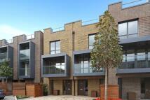 3 bedroom Terraced property in Sir Alexander Close...