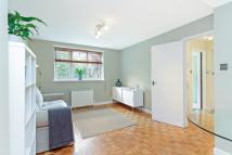 1 bed Flat to rent in Parkside...