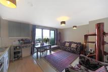 2 bed Flat to rent in Ebbett Court, W3