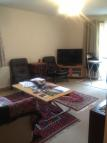 2 bedroom Flat in Ravensmede Way, London...