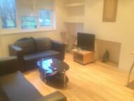 4 bedroom Flat in ALDRINGTON ROAD, London...