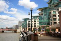 2 bedroom Flat to rent in St George Wharf...