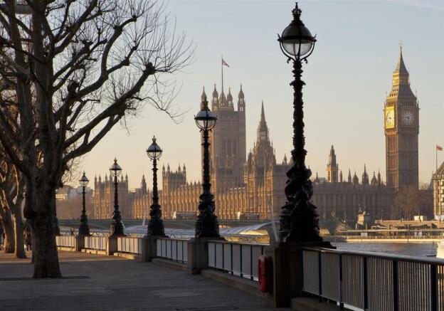 London Albert Embank