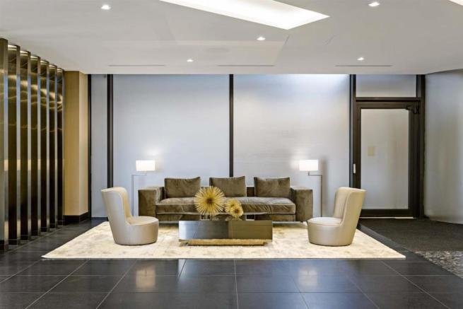 Lounge II.jpg