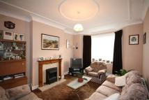3 bed Terraced house to rent in Glenham Drive...