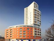 2 bed new Apartment in Raphael House, High Road...