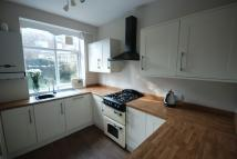 4 bedroom semi detached house to rent in Brinkworth Road...