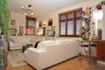 Flat for sale in Karyatis Court...