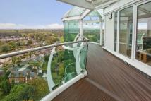 Penthouse in Tower Point, Enfield, EN2