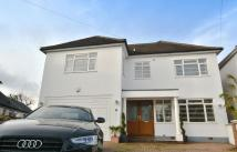 5 bed Detached home in Spring Court Road...