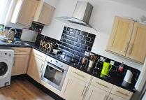 Maisonette to rent in Old Kent Road, London...