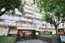 Flat to rent in Globe Road, London