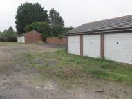 Garage in Sycamore Avenue to rent