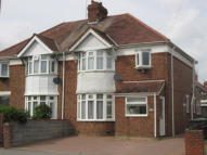 3 bed semi detached home to rent in Chestnut Avenue...