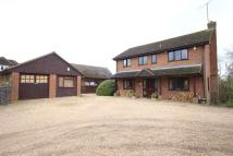 4 bed Detached home in London Road, Wokingham