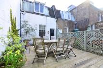 2 bedroom Flat in Fulham Road, Chelsea...