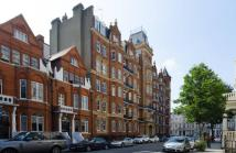 4 bed Flat to rent in Earls Court Square...