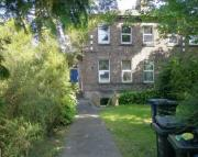 2 bed Flat to rent in Bentinck Villas...