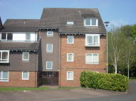 Flat to rent in Bracken Park Gardens...