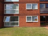 2 bedroom Ground Flat in Ingatestone Drive...