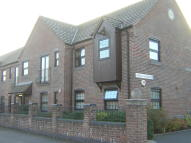Ground Flat to rent in Camellia Gardens...