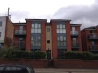Flat to rent in High Street, Amblecote...