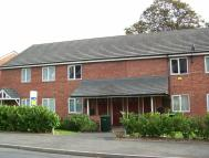 Ground Flat to rent in Ashtree Road, Oldbury...
