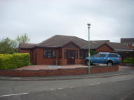 3 bedroom Detached Bungalow to rent in Rannoch Close, Amblecote...