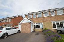 3 bedroom semi detached home to rent in Catesby Drive...