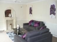 4 bed semi detached property in Ffynon-Las, Llwynypia...