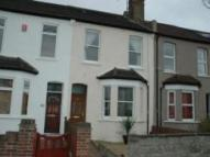 Green Avenue Terraced property to rent