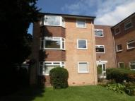 Flat to rent in Oxton