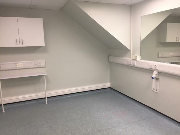 Ground Clinic 1