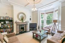 3 bed Terraced house in Lodore road...