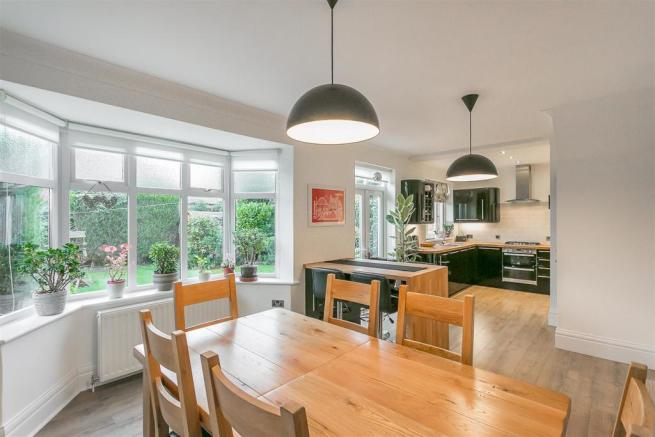 3 bedroom semi detached house for sale in sherfield drive for Modern kitchen in 1930s house