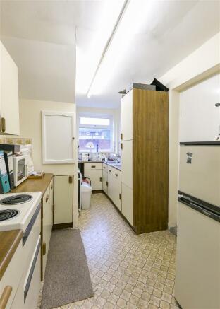 Kitchen (No. 4)