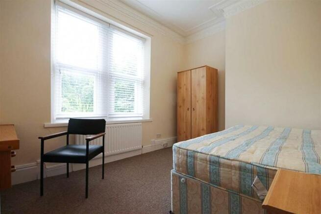 Bedroom (No. 5)