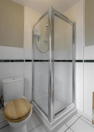 En-Suite Shower (Bedroom Two)